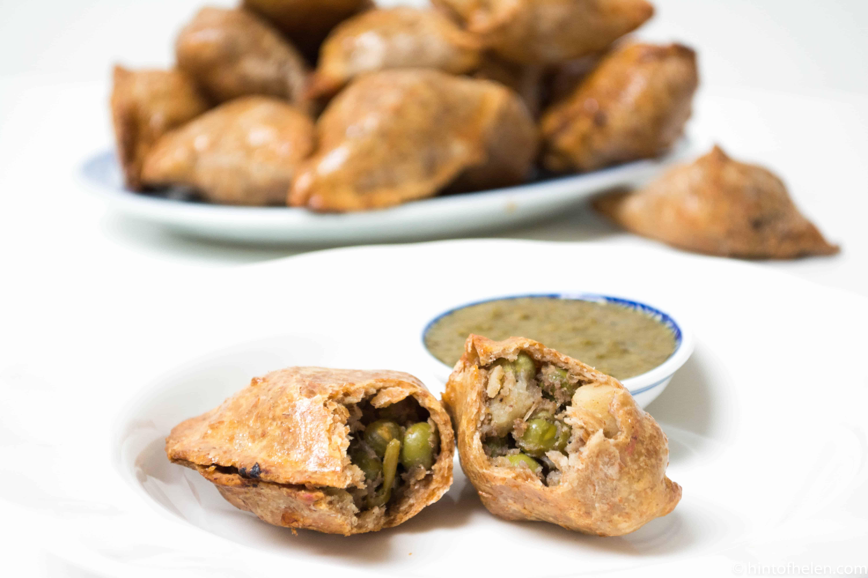 wholegrain brown baked vegetable samosas | Hint of helen