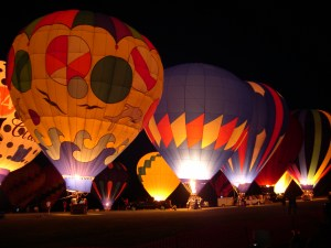 hot-air-balloon-glow
