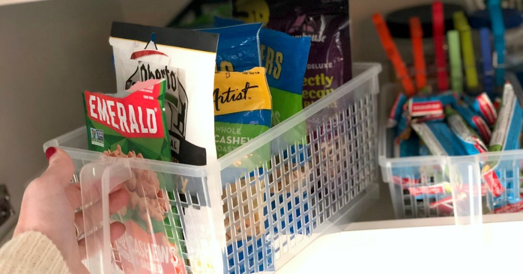 decluttering and organizing with simple home tips – organized pantry using clear bins