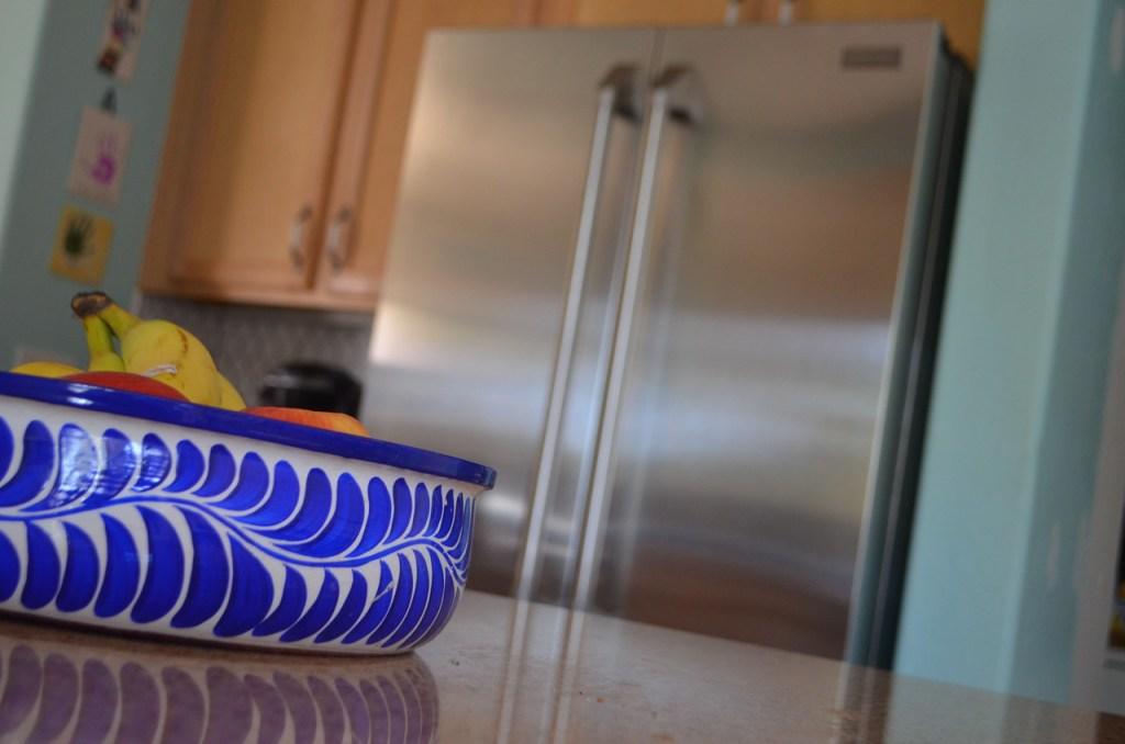fruit bowl on kitchen island