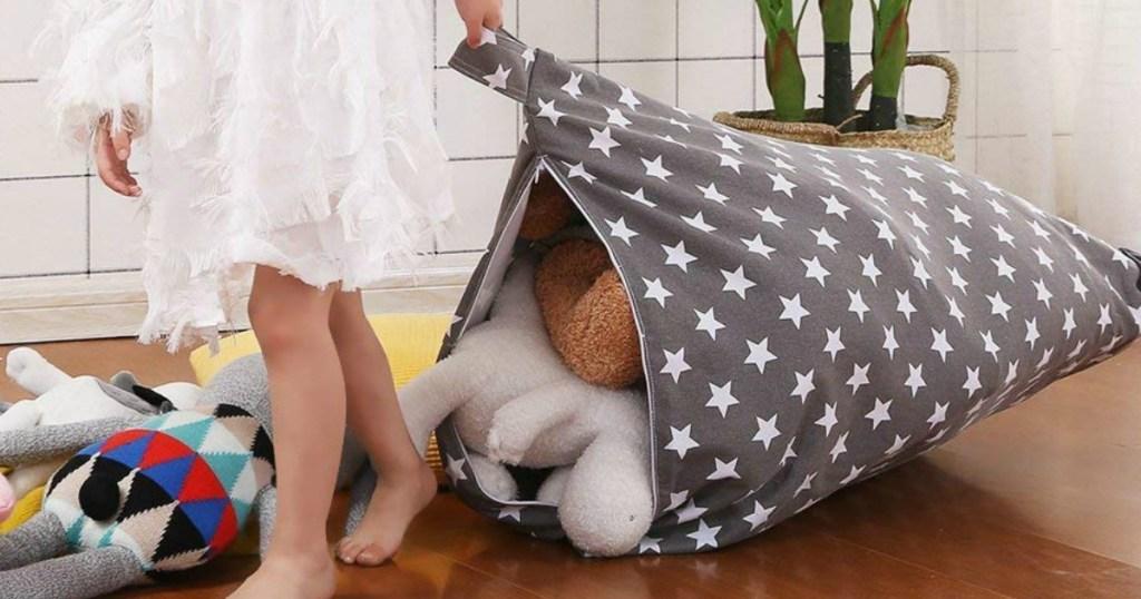 bean bag chair with stuffed animals