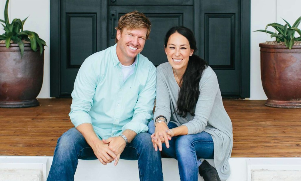 The 13 best celebrity home decor lines - Joanna gaines bedding collection ...