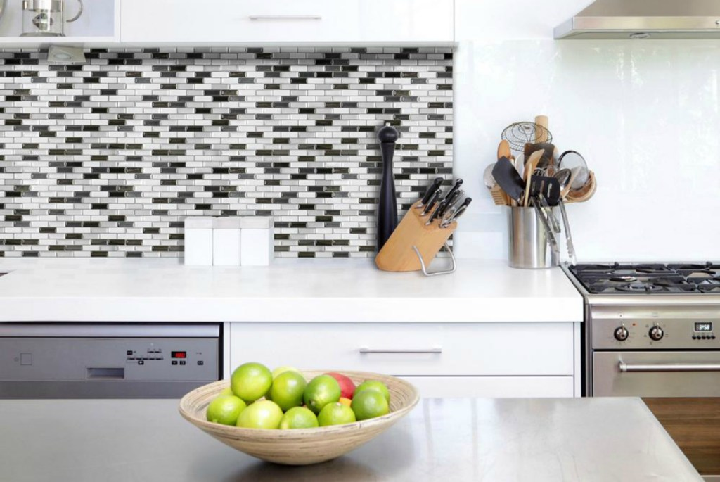5 of the best peel and stick wall tile