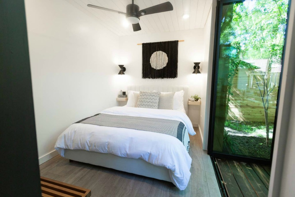 airbnb shipping container bedroom