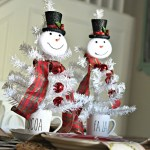 3 Easy Diy Dollar Tree Christmas Centerpieces Hip2save