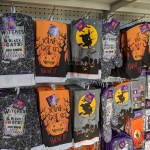 Halloween Oven Mitts Pot Holders Kitchen Towels Just 1 At Dollar Tree Hip2save