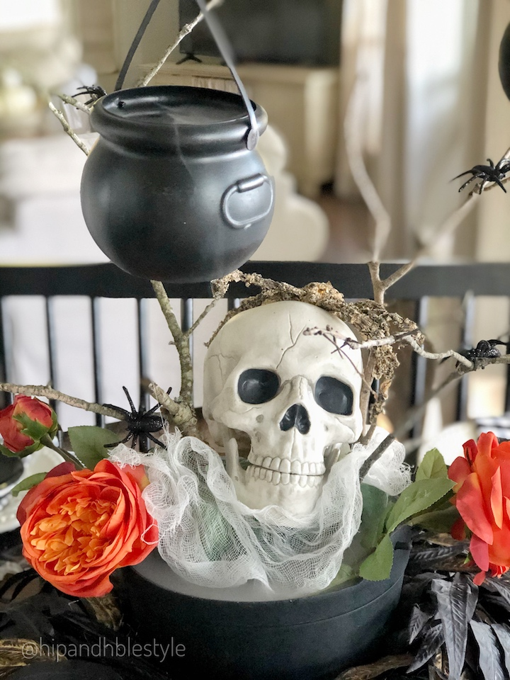 Creating a spooky Halloween Tablescape