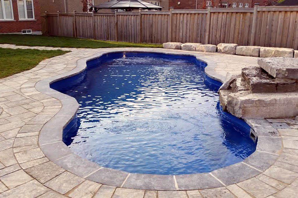Oasis II Fiberglass Pool