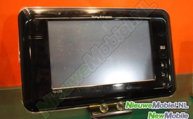El horrible prototipo de tablet LTE de Sony Ericsson