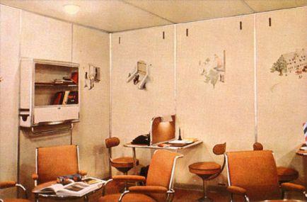 Hindenburg - Zona de lectura de la Sala de Estar