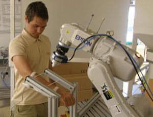 Robot golpeador