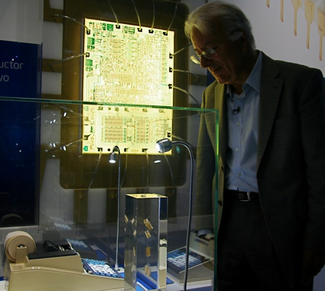 Federico Faggin Intel 2