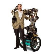 Robot MacGyver