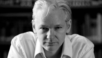 Julian Assange se presenta al Senado en Australia