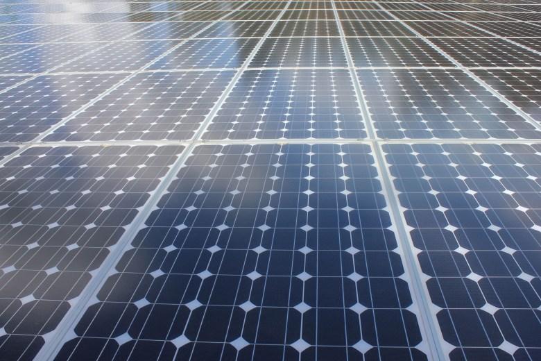 panel solar - peaje de respaldo