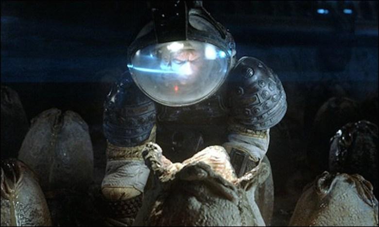 alien huevos