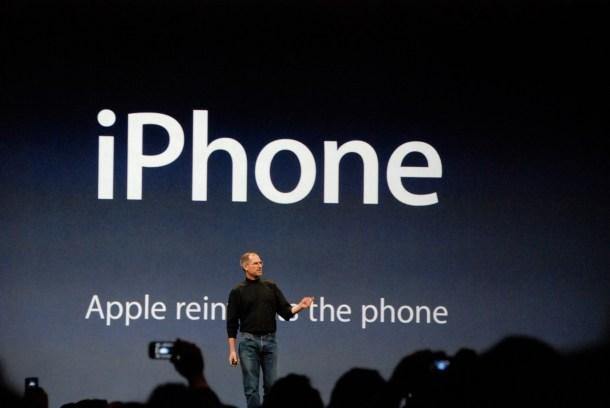 9 años después, esta es la imagen desde la que mejor podemos comprender el lugar que ocupa hoy Microsoft en el mundo móvil.