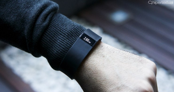 Fitbit Charge 04