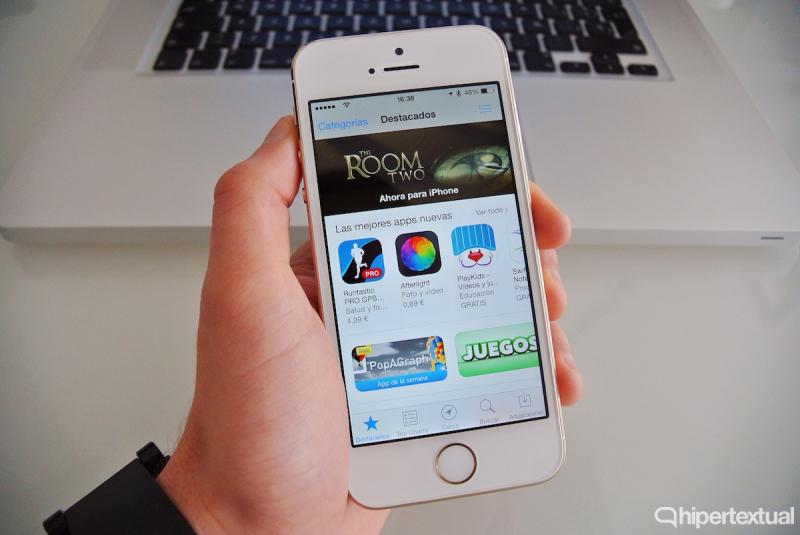 Devolver aplicaciones en App Store y Google Play