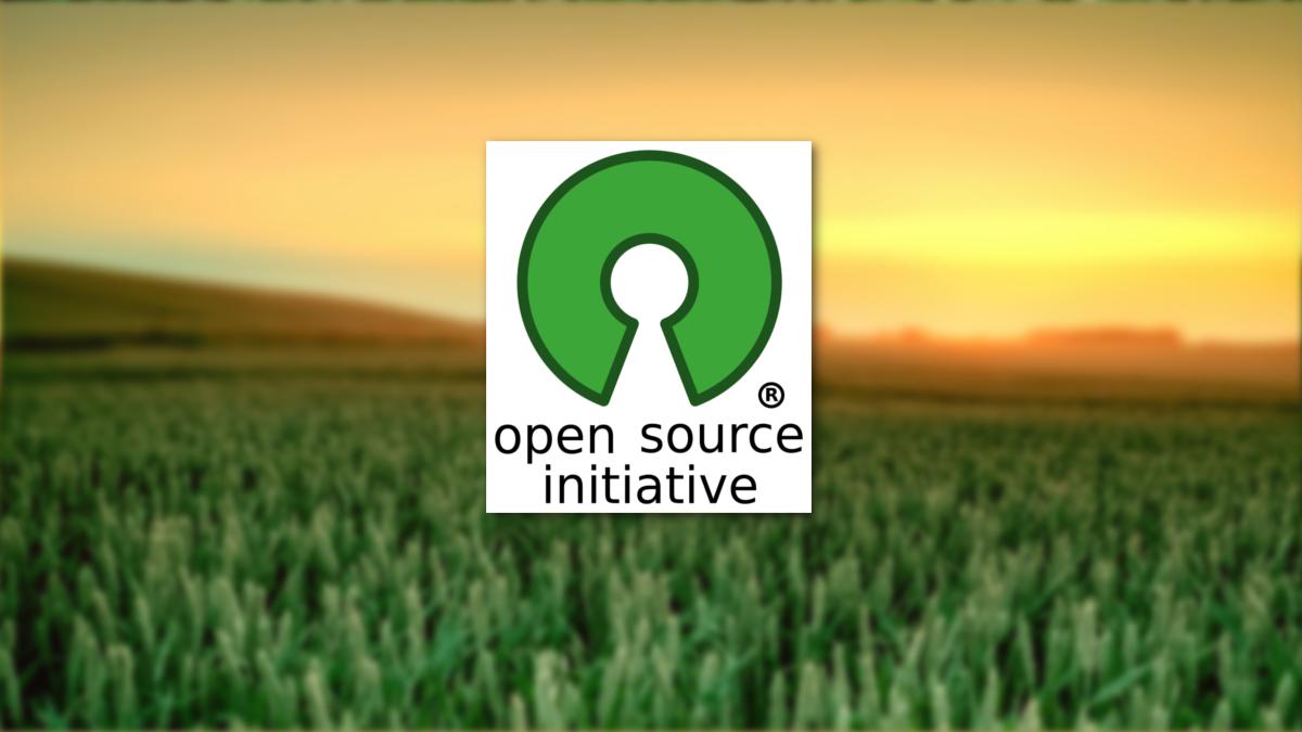 software libre y software privativo