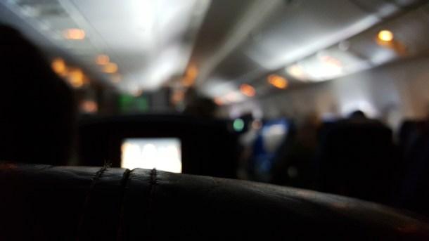 Lo que podría ser una foto aburrida se convierte en un macro impresionante gracias al f/1.9 de la lente.
