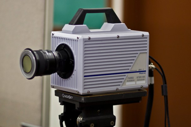 Cámara Photron Fastcam SA 1.1, una variante que alcanza los 675.000 fps. Fuente: Universidad de Rhode Island