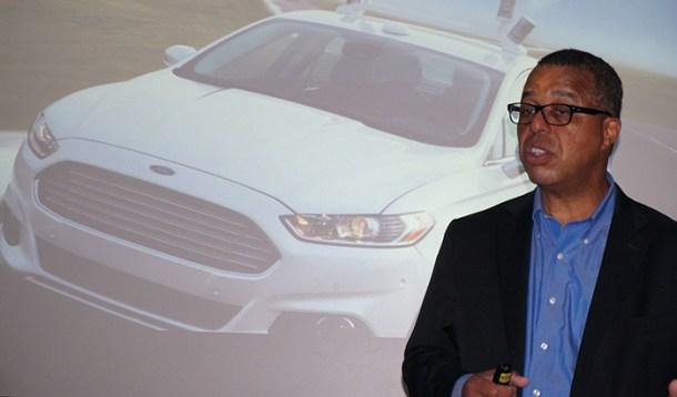 Ken Washington, vicepresidente de investigación en ingeniería avanzada de Ford