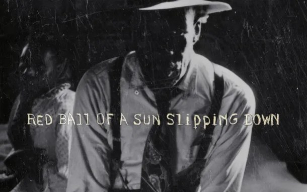 Portada del libro Red Ball of a Sun Slipping Down. Fuente: Bronxdoc