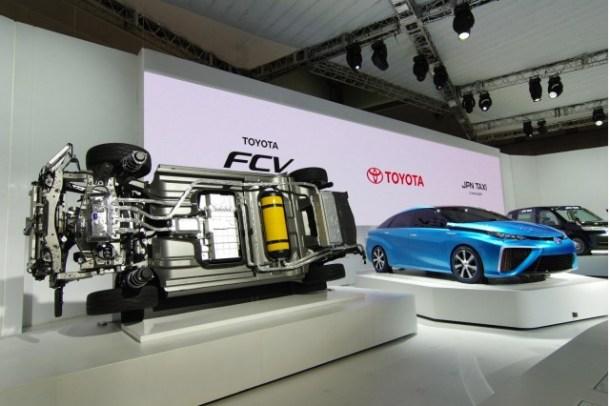 Toyota FCV 2013.