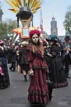 desfile-2-mexico-bond