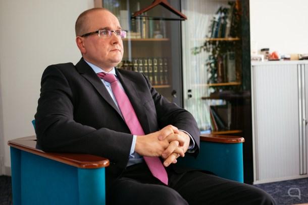 Sr. Rasmus Lumi, embajador de Estonia en Madrid