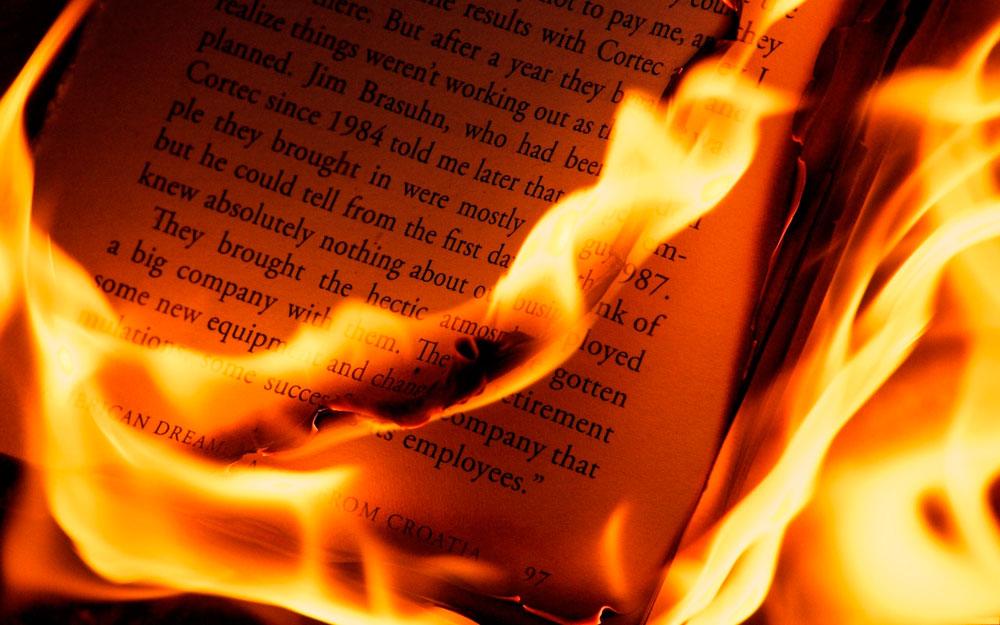 quema pública de libros