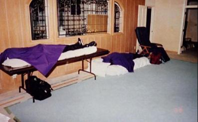 Escena del suicidio múltiple de los 39 miembros de Heaven´s Gate
