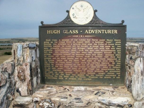 Monumento a Hugh Glass ubicado en Dakota del Sur