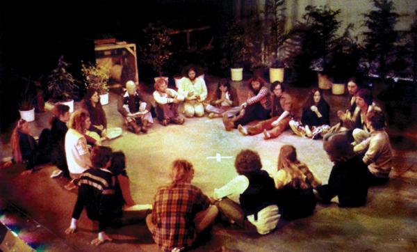 Mother_Centre_Meeting,_Nambassa_Winter_Show,_1979