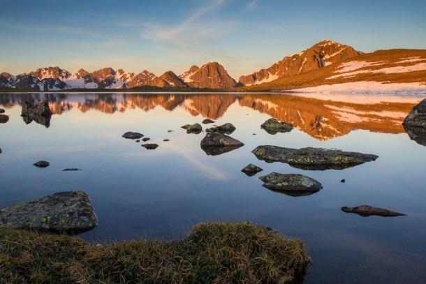 Fotografía de un lago en Colorado (EE.UU) tomada con el Sigma 10-20mm f3.5. Fuente: SigmaPhoto