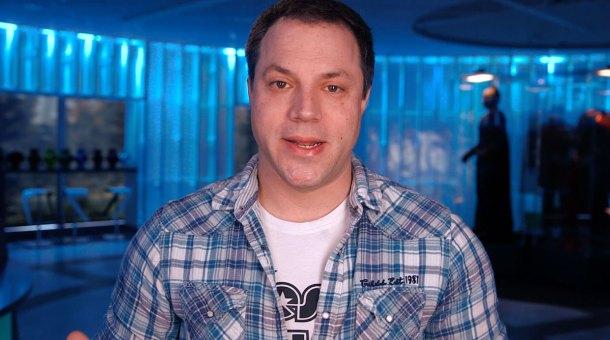 Geoff Johns, de DC Comics, ha sido puesto al frente del DC Extended Universe para tener controlado a Zack Snyder.