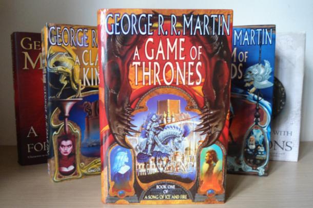 Las horribles portadas originales de A Game of Thrones/Juego de Tronos