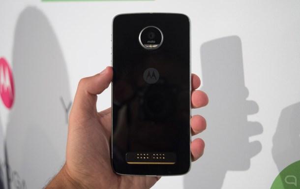 El toque premium a lo Galaxy S es de lo mejor del terminal. La protección eso sí, puede quedarse corta en caídas.