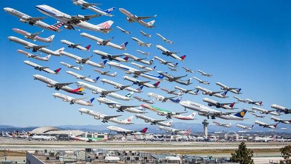 La primera foto de la serie, tomada en el aeropuerto de Los Ángeles. Luego de ver el resultado, Mike decidió expandir el proyecto.