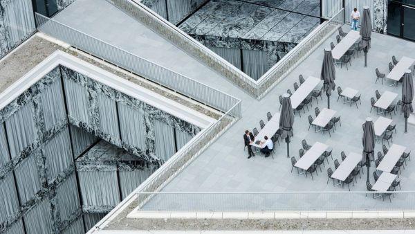 Oficinas de la Wiel Arets Architects' Allianz en Zurich, Suiza. Adrien Barakat
