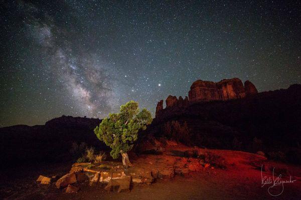 Kelli Klymenko. Vía Láctea en la Cathedral Rock Trail en Arizona