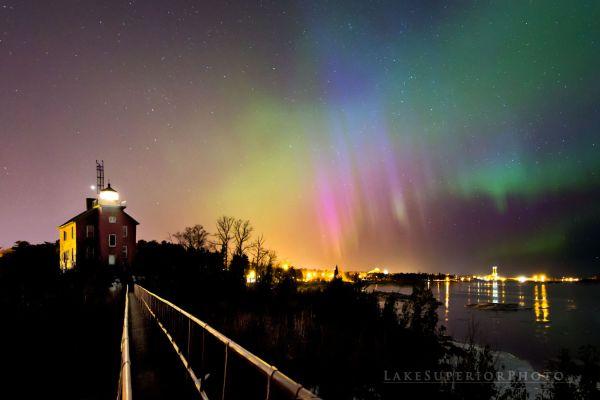 Shawn Malone. Aurora sobre el Lago Superior en Marquette, Michigan