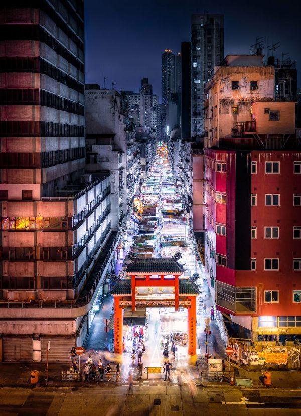 night-market-5869383edf868__880
