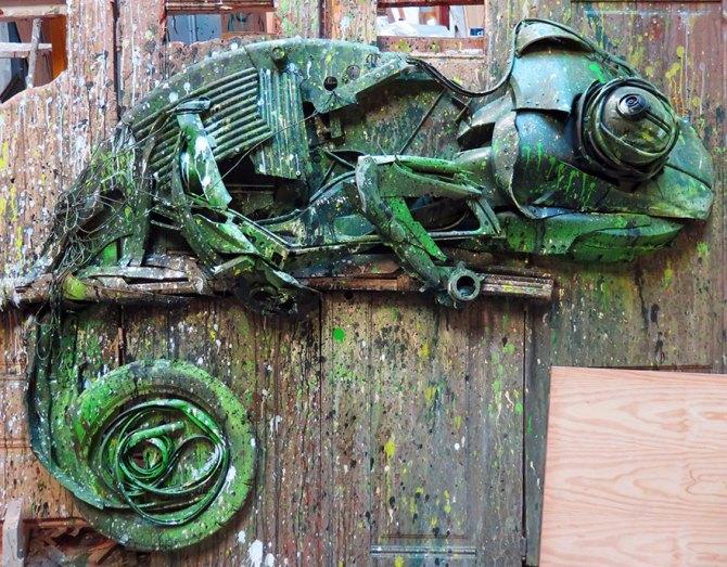 trash-animal-sculpture- (7)