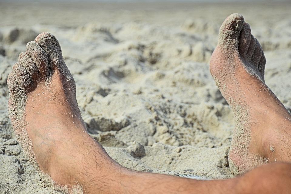 quitarte arena de la playa