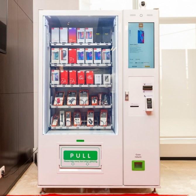 Máquina expendedora de móviles y accesorios Xiaomi