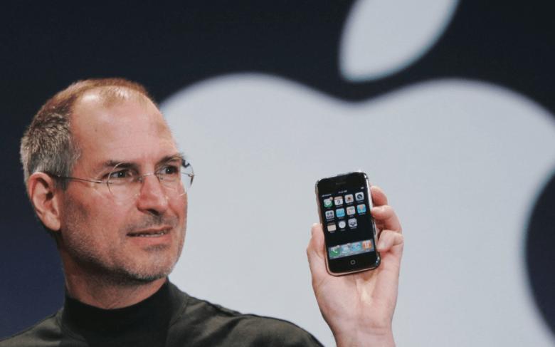 Mac - iPhone - Steve Jobs