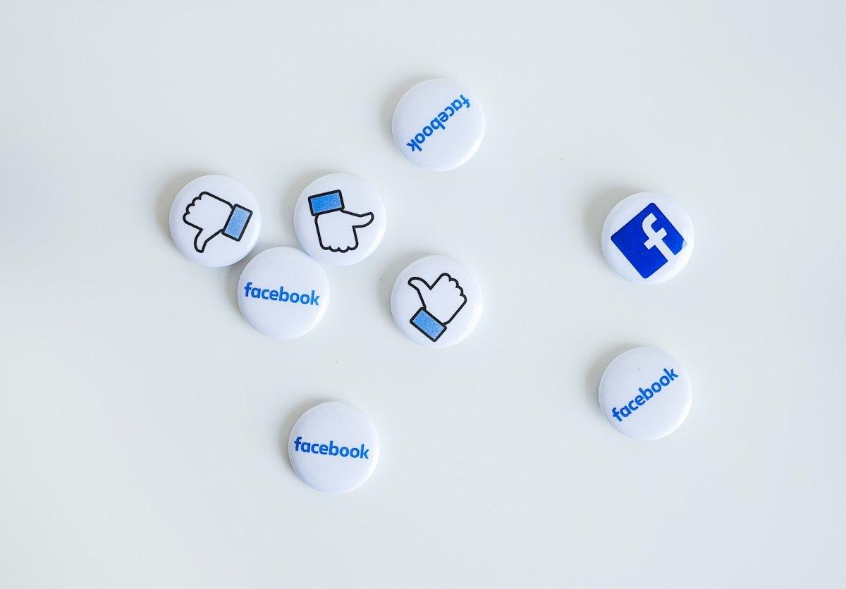 datos personales facebook