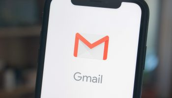 Aplicación de Gmail en un iPhone